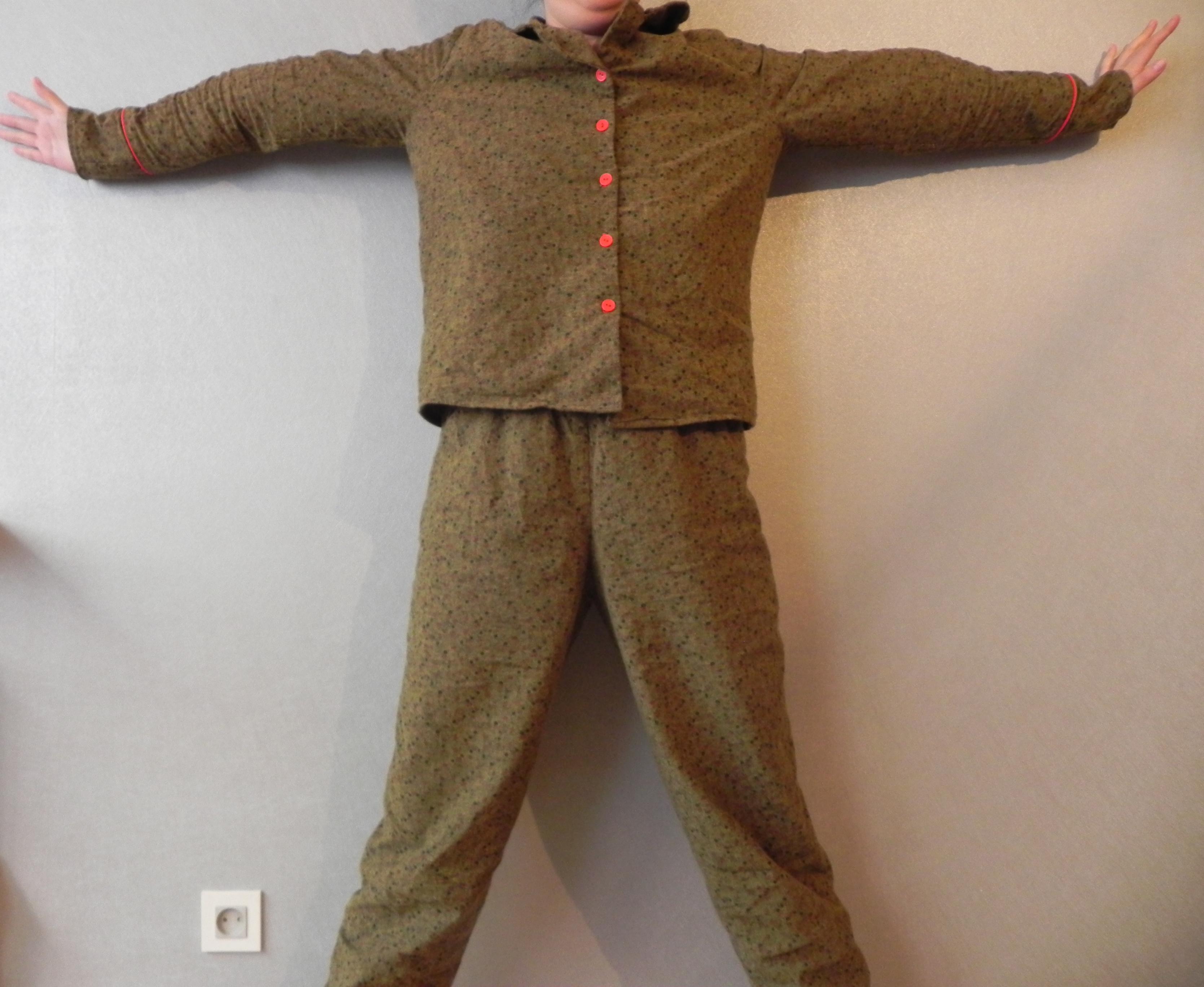 Pyjama ensemble extension