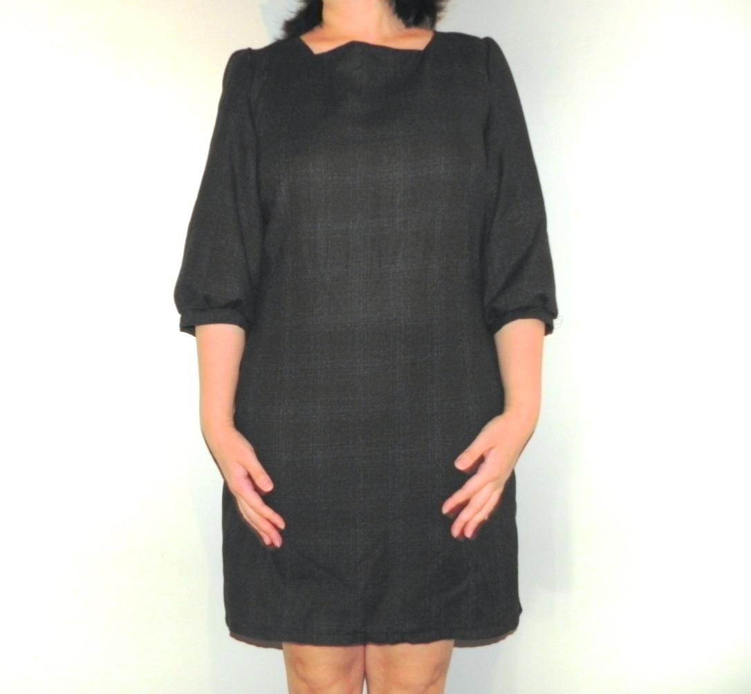 La Petite robe en laine de face